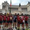 La Società Ciclistica Collepassese, fondata nel 1974 da Vittorio Fersini, verso i 45 anni