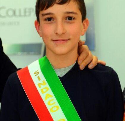 Manuel Miggiano è il nuovo sindaco-baby, eletto dal Consiglio comunale dei Ragazzi e delle Ragazze